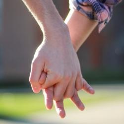 Group logo of UK LOVING MEN DEEPER DATING